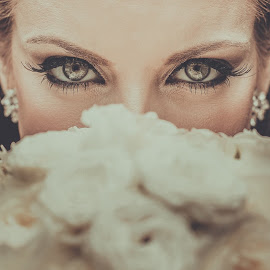 My day, look at me. by Pabst Photo - Wedding Bride ( looking, wedding photography, indianapolis, pabst photo, eyes )