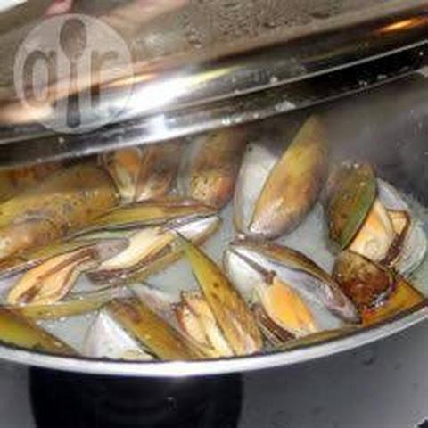 Shellfish and Potatoes à la Marinière Recipe | Yummly