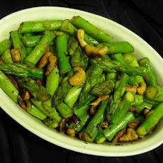 Asparagus and Cashew Stir Fry