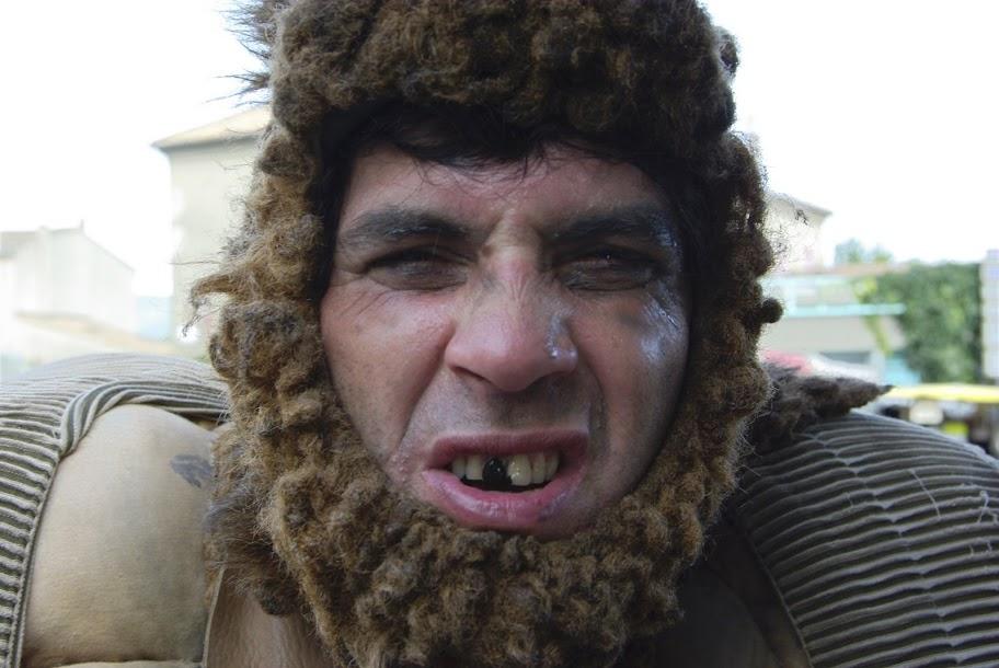 Fête médiévale à Cruas (Ardèche) - Un troll. Qu'il est laid !