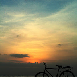 bicycle sunset by Angga Bagoes - Transportation Bicycles ( indonesia, sunset, beach, sihloutte, bicycle,  )