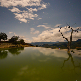 Reflections under stars by Cristobal Garciaferro Rubio - Landscapes Travel ( hierve el agua, stars, mexico, oaxaca, reflections, long exposure )