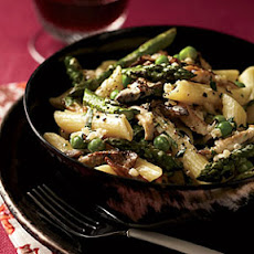 Penne with Asparagus, Peas, Mushrooms and Cream