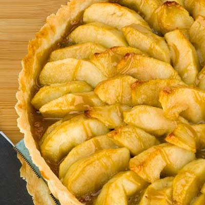 Gluten Free Easy Caramel Apple Tart