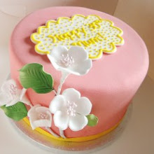 Beginner's Celebration Cake Decorating