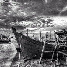 The Mysterious Lampulo by Saifil Chalid - Instagram & Mobile Instagram
