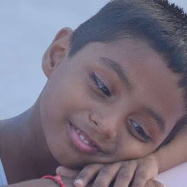 by Mohan Dravid - Babies & Children Child Portraits