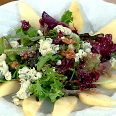 Jill's Fresh Pear and Maytag Farms Blue Cheese Salad with a Toasted Walnut Vinaigrette