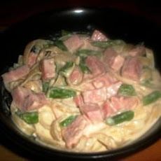 Creamy Ham and Asparagus Pasta