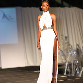 by Ronald Motz - People Fashion ( atlantic city fash week 2014,  )