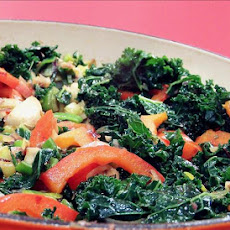 Spicy Garlic Kale With Sauteed Red Peppers