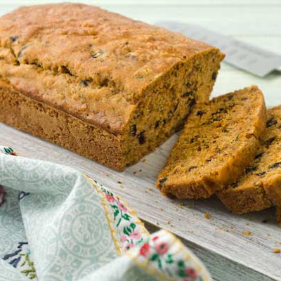 Gluten Free Sundried Tomato and Olive Quick Bread
