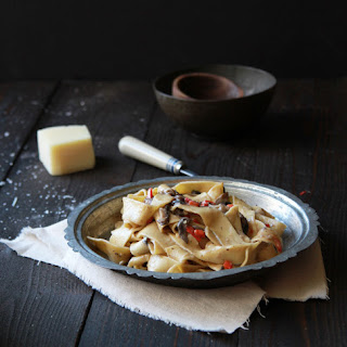 MUSHROOM PAPPARDELLE PASTA WITH A GOAT CHEESE CREAM SAUCE RECIPE (print)
