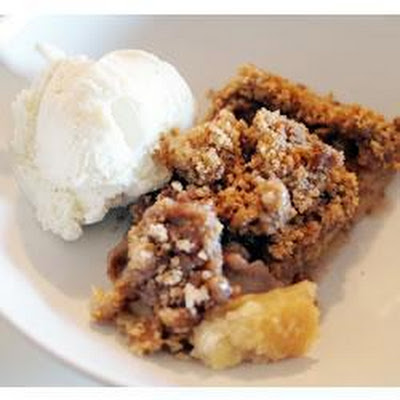 Apple Pie With Crunchy Topping