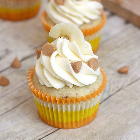 Roasted Banana Cupcakes with Mascarpone Cream Cheese Frosting