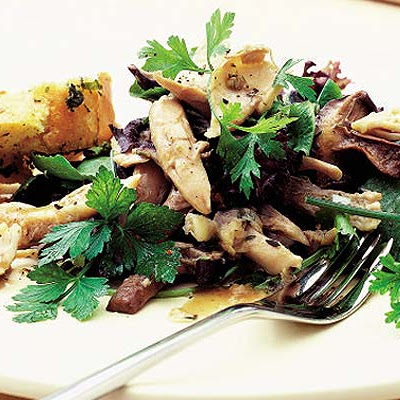 Warm Chicken Salad With Garlic Mushrooms