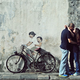 kiss again..... by Jyn Tah Zen - People Couples