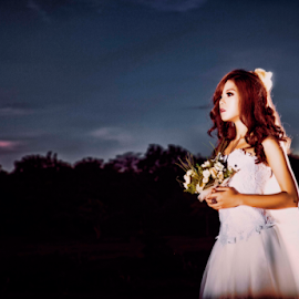 Loving You by Felix Rusli - Wedding Bride ( wedding photo, bali wedding photographer, bride )