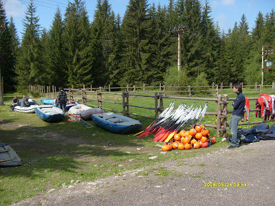 Rafting set up 02