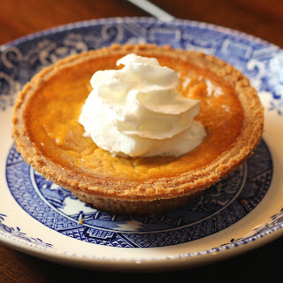 Easy, Classic Pumpkin Pie