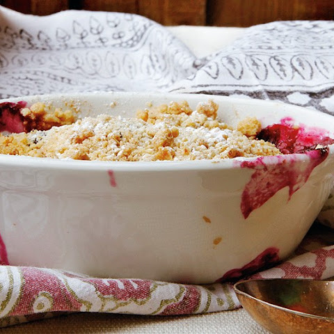 Blueberry And Apple Oat Crumble
