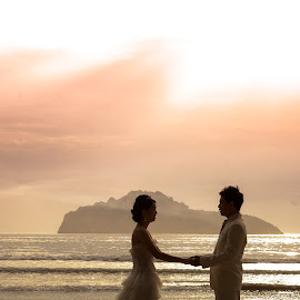 promise by iPhotoIndy Studioo - Wedding Bride ( wedding photography, mountain, iphotoindy, silhouette, beautiful, romantic, promise, sea, beach, marriage, shadows, mountains, challenge, sky, wedding, shadow, weddings, siluet, wedding photographer )
