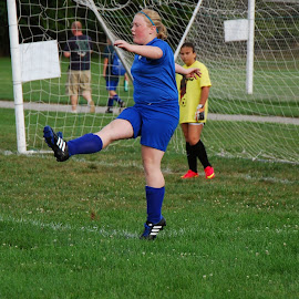 by Teresa Snyder - Sports & Fitness Soccer/Association football (  )