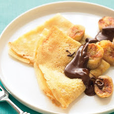 Crepes with Sauteed Bananas and Chocolate