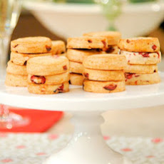 Cranberry-Five Spice Cocktail Cookies