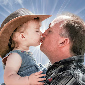 Kissing Dad by Angelica Glen - Novices Only Portraits & People ( love, kiss, girl, hug, daughter, sunshine, father )