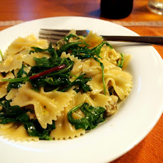 Artichoke and arugula pasta