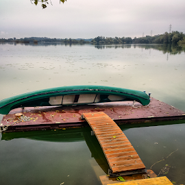Canoe on drying by Oliver Švob - Instagram & Mobile Android ( sony, water, shore, sony xperia, instagram, nature, croatia, canoe, lake, boat, mobile,  )