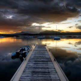 El embarcadero by Eduardo Menendez Mejia - Landscapes Waterscapes ( españa, tokina 12-24, embalse, madrid, menendez, eduardo, nikon, d5100, spain )