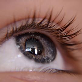 eye, eye by Tami Carlile - People Body Parts