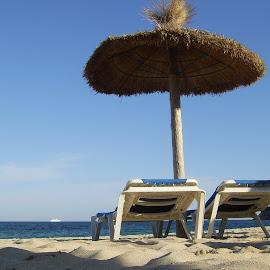Magaluf beach,Mallorca. by Tony Steele - Landscapes Beaches