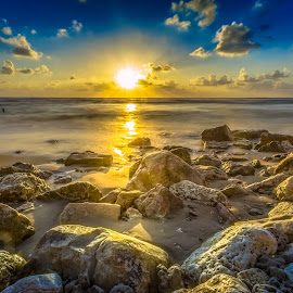 The end of a new day by Assi Dvilanski - Landscapes Beaches ( beaches, seashore, sunset, sunrays, beach, sunlight, rocks )