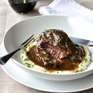 Slow Cooker Red Wine Beef Cheeks