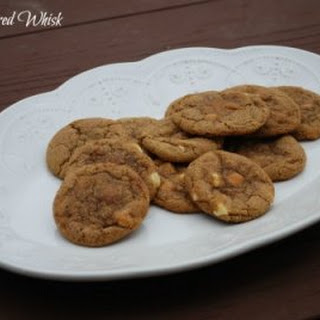 White Chocolate Pumpkin Snickerdoodle Cookies