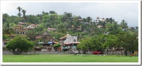 sayulita-hillside