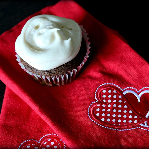 Sweet Potato Cupcakes With Maple Cream Cheese Frosting Recipes ...