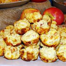 Cheesy Apple Bacon Muffins