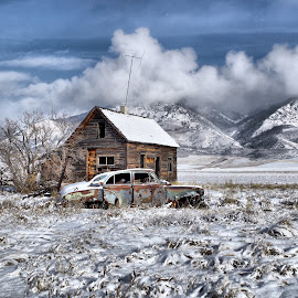 Snowed in by Dave Bower - Transportation Automobiles