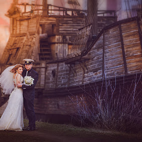 cruise on the Love by Svetlana Mazurina - Wedding Bride & Groom ( love, ship, wedding, couple, svetlana mazurina, hope )