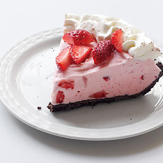 Strawberry-Chocolate Freezer Pie
