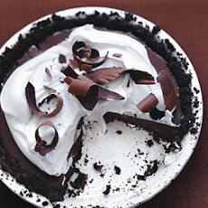 Bittersweet Chocolate Pudding Pie with Crème Fraîche Topping