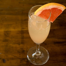 Grapefruit and Ginger Sparkler