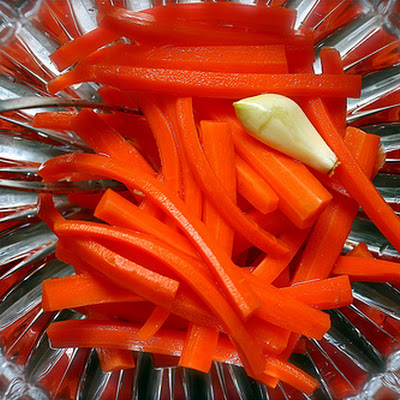 Pickled Carrot Sticks