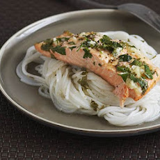 Steamed Trout With Ginger & Garlic