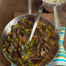 Sauteed  Beef with Asparagus and Corn