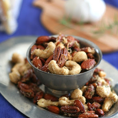 Parmesan Garlic & Rosemary Cocktail Nuts